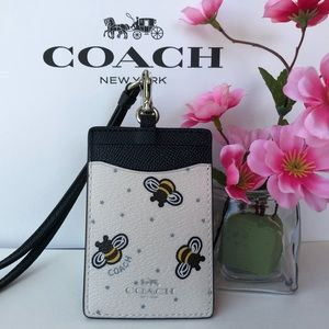 ❎❤️❎Last One ! Coach Lanyard with Bee Print F26645